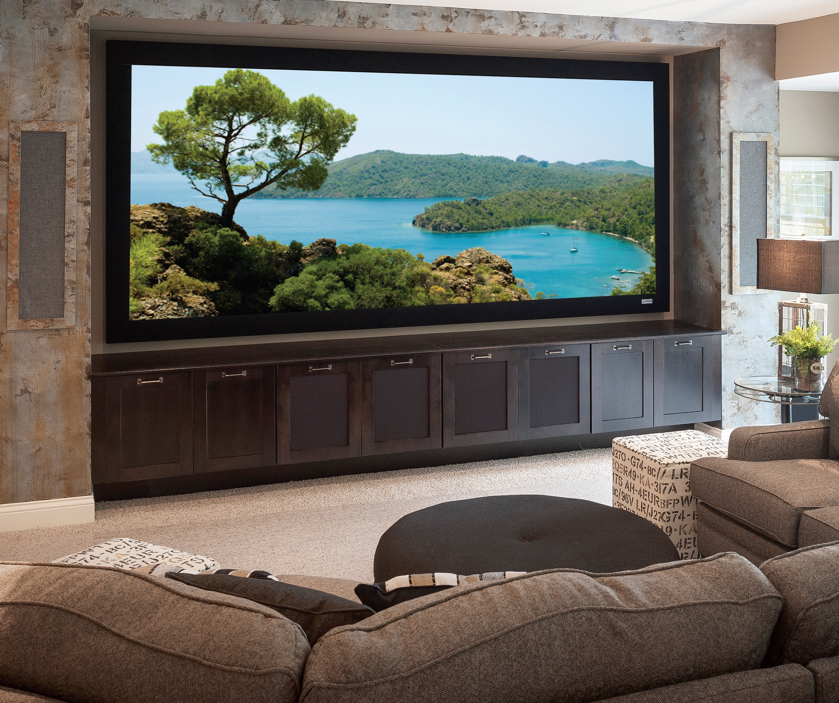 Home Theater Room Size: Home Theater / Media Rooms